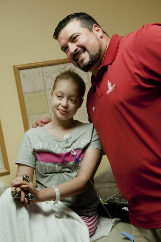 Joe Andruzzi Foundation visits Hasbro Children